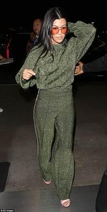 Kourtney Kardashian HM.jpg